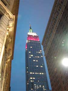 здания, здание, года, футов, этажей, лифтов, мире, авеню, пространства, году, более, является, возведение, стального, половиной, каркаса, центре, миллиона